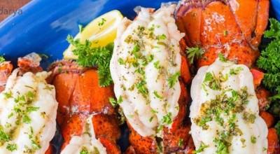 طرز تهیه لابستر همراه با سس کره و سبزیجات و لیمو